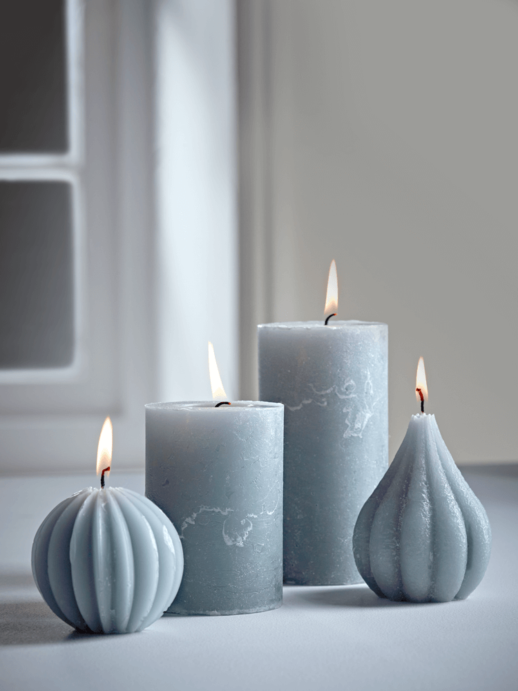 grey-candles-group_2.png