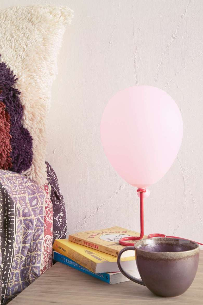 balloon-table-light-quirky-home.jpg