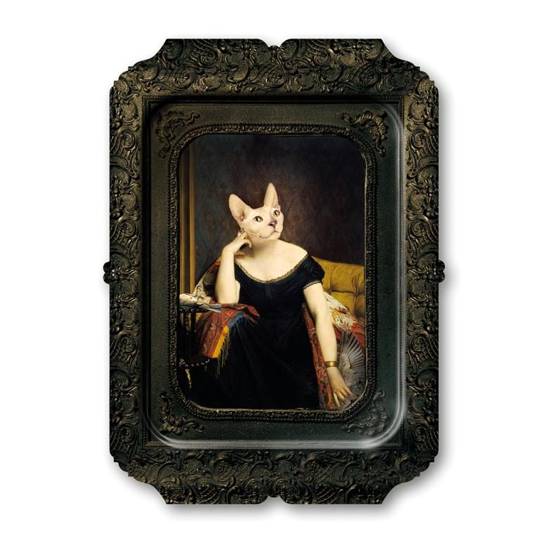 galerie-de-portraits-rectangular-tray-victoire.jpg