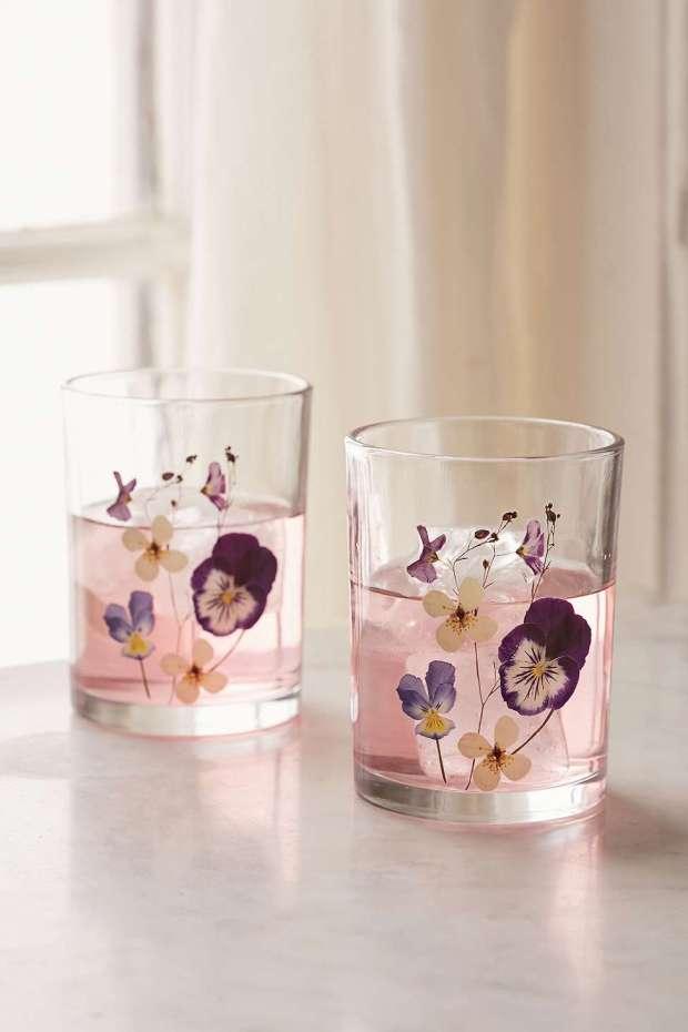 floral-glasses-tumbler-wine-pressed-flowers.jpg