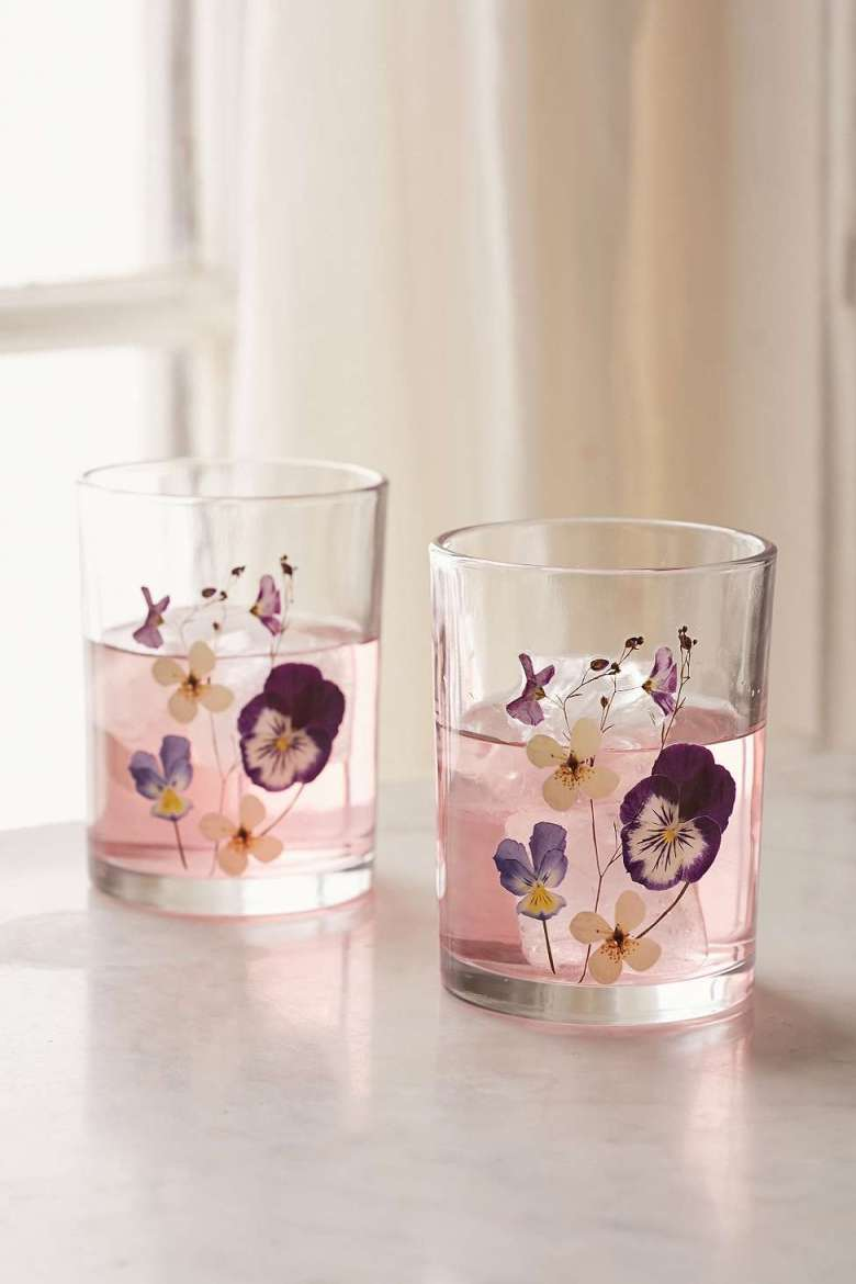 floral-glasses-tumbler-wine-pressed-flowers.jpg